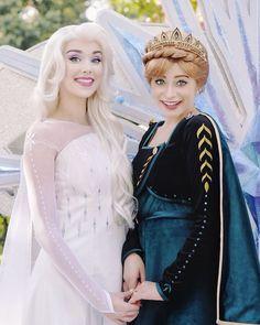 1273 Best Frozen Cosplay Images In 2020 Frozen Cosplay Cosplay