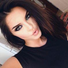 Evon kurdish makeup hon är sött