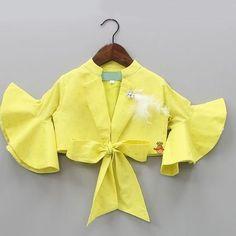 Blouse Design Catalogue For Best Fancy design Blouse Design Baby Girl Dress Patterns, Baby Dress Design, Frock Design, Dresses Kids Girl, Kids Outfits, Kids Blouse Designs, Blouse Neck Designs, Vestido Charro, Choli Blouse Design