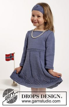 """Set consists of: Knitted DROPS dress and hair band with lace pattern in """"Cotton Merino"""". Size 2-10 years ~ DROPS Design"""