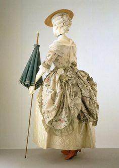 복식사 아이템편 13. 로브 아 라 폴로네즈(Robe a la polonaise), 로코코패션 : 네이버 블로그