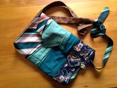 therusty_hen_crafts: Upcycle tie messenger bags