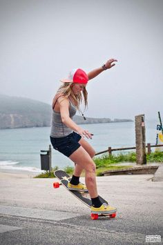 girls can skate too.. Amanda Powell
