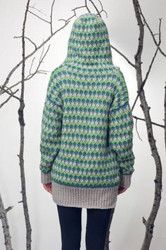 Paige #Crochet Hoodie by Jill Wright. This awesome sweater pattern is in the Winter 2015 issue and is featured on the cover of Interweave Crochet