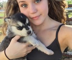 Brec Bassinger is today's #CelebPetPicOfTheDay!