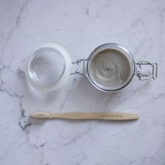 DIY Zero Waste Toothpaste (Without Coconut Oil) - Osterbasteln Mit Kindern Homemade Beauty, Diy Beauty, Beauty Ideas, Belleza Diy, Natural Toothpaste, Coconut Oil Toothpaste, Waste Reduction, Toothpaste Recipe, Oral Hygiene
