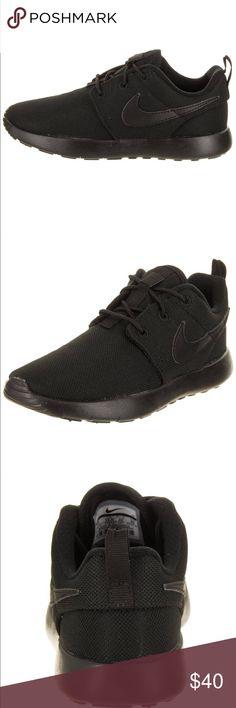 huge discount cbae7 6bda3 Nike Roshe One. NWOB! Black. Preschooler s Size 9
