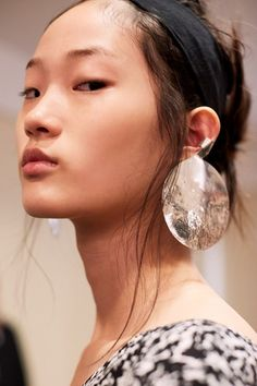 Shin Hyunji - Backstage at Creatures of the Wind SS17 by Lillie Eiger…