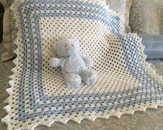 37 ideas crochet baby blanket boy easy girls for 2019 Baby Boy Crochet Blanket, Baby Girl Blankets, Baby Afghans, Boy Crochet Patterns, Knitting Patterns, Crochet For Boys, Baby Quilts, Baby Knitting, Creations