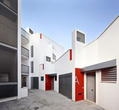 Can Cantó Housing / Castell-Pons Arquitectes