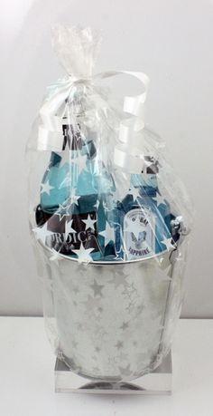 Cubo Gin tonic nordic blue - Conjunto de Cubo de metal plateado con Bombay Sapphire Dry Gin + Tonica nordic mist blue, envoltorio…