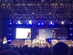 Skillet live @ Uprise Festival 2015 in Shippensburg, PA on September (Sorry to Seth who didn't make it in the picture) Christian Rock Bands, Christian Music, Skillet Band, Jen Ledger, Chris Tomlin, Gospel Music, Arya Stark, 18th, September