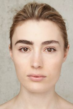 Big Brows Drama ! | Elsa Muse | Stylisme : Spela Lenarcic | Make-up : Carole Colombani
