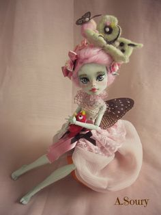 Capucine ,fairy monster high repaint