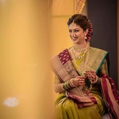 looking so beautiful like hit silk paithani and all silk paithani available please contact on app - Dress For Women Indian Bridal Photos, Bridal Hairstyle Indian Wedding, Indian Wedding Bride, Indian Bridal Hairstyles, Indian Bridal Fashion, Indian Wedding Outfits, Saree Wedding, Bridal Lehenga, Marathi Bride