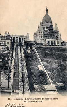 The Funicular of Montmartre and the Sacred Heart. in Paris - Paris - Travel Montmartre Paris, Architecture Hausmannienne, Old Pictures, Old Photos, Paris France, Paris Black And White, Ville Rose, Cruise Pictures, Old Paris