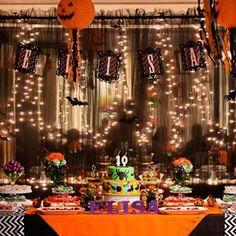Decor by Conká @conkaloja www.conka.com.br   #festainfantil #party #kidsparty #festa #niver #decoração #festadecriança #aniversário #bsb #brasilia #minhabrasilia #Brasília #aniversariodecrianca #aniversáriodecriança #conká #decor #festademenina #festanoclube #festadaescola #artesanal #lembrancinha #favorbag #trickortreat #halloween #halloweenparty #orange #laranja #purple #roxo #green #verde #black #preto #pumpkin #abobora #fantasmas #ghost #boo