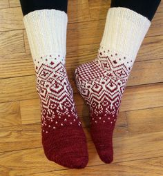 Knitting Patterns Socks Ravelry: Project Gallery for Skandium pattern by General Hogbuffer Crochet Socks, Knitted Slippers, Wool Socks, Knitting Socks, Crochet Yarn, Baby Knitting, Knitting Machine, Vintage Knitting, Crochet Granny