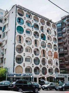 Facade Design, Exterior Design, Amazing Architecture, Art And Architecture, Japanese Architecture, Classification Des Arts, Photo D'architecture, Urbane Fotografie, Vitrine Design