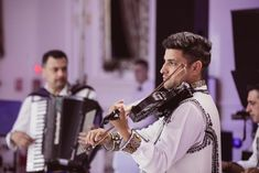 Grand Music Events violin Violin, Music Instruments, Musica, Musical Instruments