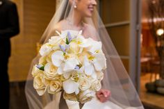 Stunning Ronald Reagan Building Wedding in Washington DC | Images by Procopio Photography | Via Modernly Wed | 19