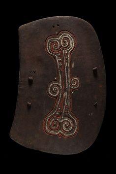 Shield of the Lumi area of Papua New Guinea