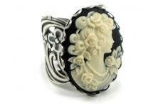 Cameo Rose Maiden Ring