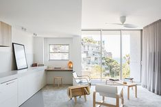 Darling Point Apartment Australian Interior Design, Interior Design Awards, Apartment Interior Design, Space Interiors, Flat Ideas, Cool Apartments, Floor Finishes, Open Plan Living, Classic Furniture
