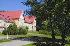 Keski-Suomen opisto, Suolahti    The college of Central Finland, Suolahti    http://www.ksopisto.fi/  http://www.facebook.com/MatkaMaalle  http://www.keskisuomi.net/  http://www.centralfinland.net/