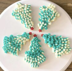 #sugarcookies #buttercream #cakepopmafia Sugar Art, Sweet Cakes, Cookie Decorating, Sugar Cookies, Decorated Cookies, Desserts, Tailgate Desserts, Deserts, Postres