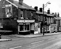 #socialsheffield Sheffield, Old Photos, Yorkshire, Bobs, Transportation, Buildings, The Past, England, Street View