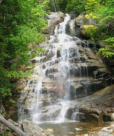Great Spring Weekend Getaways: Hiking in New Hampshire's White Mountains