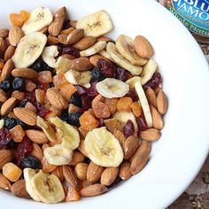 Skinny Blueberry Almond Trail Mix  | Skinny Mom | Where Moms Get the Skinny on Healthy Living