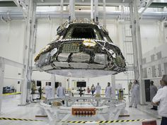 Orion Crew Module Set for Connection to Heat Shield