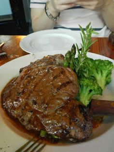 Rib-eye Steak with Pepper Sauce (Cafe Salade de Fruits - Vancouver, BC)