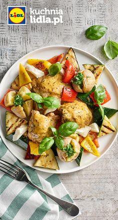 Uda kurczaka z sałatką z grillowanych warzyw z parowanymi ziemniaczkami. Kuchnia Lidla - Lidl Polska. #lidl #okrasa #kurczak