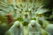 Ribuan santri mengikuti istighasah di Masjid Agung Asy-Syuhadak, Pamekasan, Jatim, Sabtu (12/7) malam