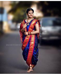 Best Ideas For Bridal Vintage Makeup Hairstyles Indian Bridal Photos, Indian Bridal Sarees, Indian Bridal Outfits, Indian Bridal Fashion, Indian Beauty Saree, Bridal Lehenga, Marathi Bride, Marathi Wedding, Desi Wedding Dresses