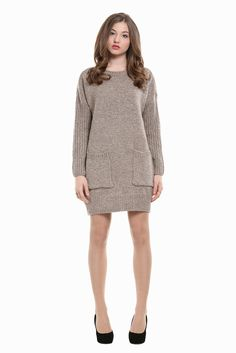 Retro Style Knitted Dress In Gray. Free 3-7 days expedited shipping to U.S. Free first class word wide shipping. Customer service: help@moooh.net