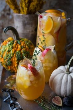 This fall harvest sangria brings together all the flavors of fall in a glass. This delicious blend of kombucha, brandy, apple juice and prosecco makes the perfect drink for any fall gathering. Fun Easy Recipes, Lunch Recipes, Fall Recipes, Mexican Food Recipes, Easy Meals, Party Recipes, Drink Recipes, Christmas Recipes, Thanksgiving Recipes