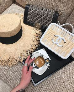 5765da68eaa2 181 Popular PURSES I NEED+ images in 2019 | Couture bags, Designer ...