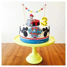 Throw an exceptional get-together for your children's birthday party with these 7 fascinating paw patrol party ideas. The thoughts must be convenient to those who become the true fans of Paw Patrol show. Paw Patrol Birthday Cake, 3rd Birthday Cakes, 4th Birthday Parties, Birthday Fun, Third Birthday, Birthday Ideas, Bolo Do Paw Patrol, Paw Patrol Torte, Marshall Cake Paw Patrol