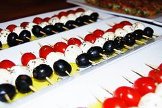EASY Low carb appetizer Kids love assembling this one, so I recommend arriving at the party with your supplies and getting a few helpers engaged ! 1 can large olives 1 container grape tomatoes 1 co. List Of Appetizers, Appetizers For Kids, Low Carb Appetizers, Appetizer Recipes, Appetizer List, Appetizer Ideas, Low Carb Recipes, Yummy Recipes, Medifast Recipes