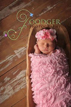 DIY No Sew Tutorial for these three sets  Shabby Chic darling Vintage Inspired Ruffle Baby Blanket & Headband Newborn Baby Portrait Set