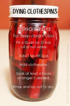 Sewing Craft Project If you like using clothespins in your crafting here's a fast way to color a lot of them at once! We've got detailed instructions for you along with examples. Ü - Learn how to color clothespins for all your crafting needs! Its so easy! Wine Bottle Crafts, Mason Jar Crafts, Mason Jar Diy, Cute Crafts, Crafts To Make, Crafts For Kids, Diy Crafts, Preschool Crafts, Creative Crafts
