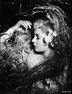 Jean Simmons as Ophelia in Hamlet (1948)