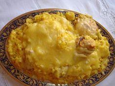 Arroz con pollo, maiz y queso gratinado - Comida cubana