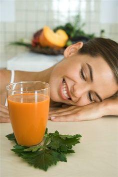 Hacer tus propios zumos y batidos 'detox' en casa es más fácil de lo que parece