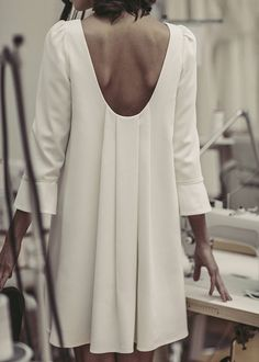 Laure de Sagazan - Création de Robes de mariée sur mesure