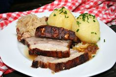 {Edith genießt! Rezepte für's Leben ...}: Kümmelbraten mit Kraut und Knödel Sauerkraut, Baked Potato, Pork, Potatoes, Meat, Baking, Ethnic Recipes, Winter Food, Cold Food